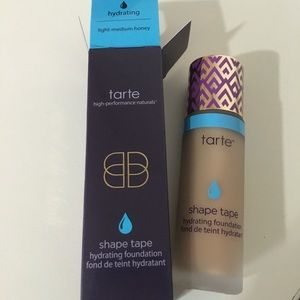‼️Make An Offer‼️NIB Tarte Shape Tape foundation